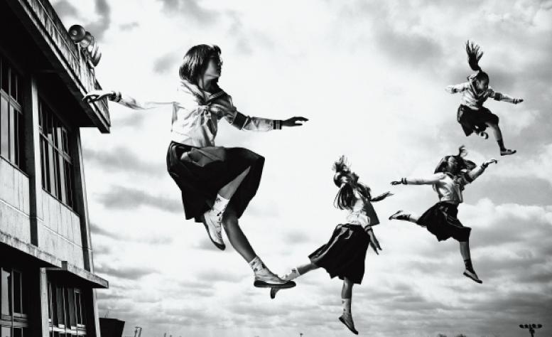 新しい学校のリーダーズ、メジャーデビュー曲『毒花(どくばな)』Mu s i cVi d e o Y o u T u b e 限定V e r が解禁!